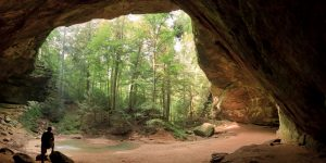 Ash Cave, Hocking Hills State Park, Ohio, USA