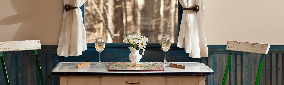 Spend a romantic weekend in Ohio at our Hocking Hills cabins and cottages.