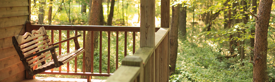 Experience the outdoors through our weekend getaways in Ohio packages.