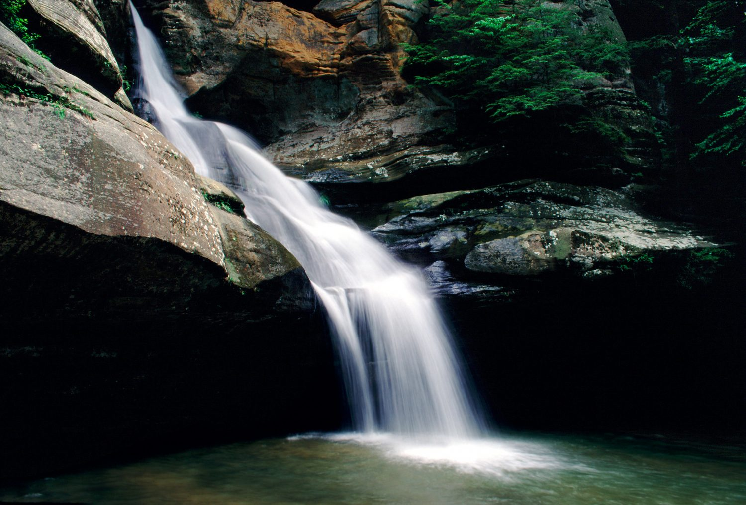 5 Of The Most Beautiful Hocking Hills Waterfalls