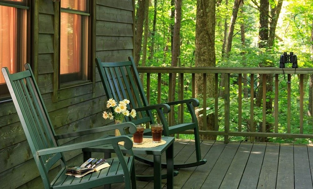 cedar falls cottage porch