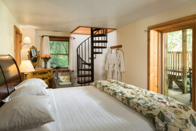 Romantic Cabin Getaways in Ohio